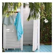 Pool & Outdoor Areas / nice outdoor shower