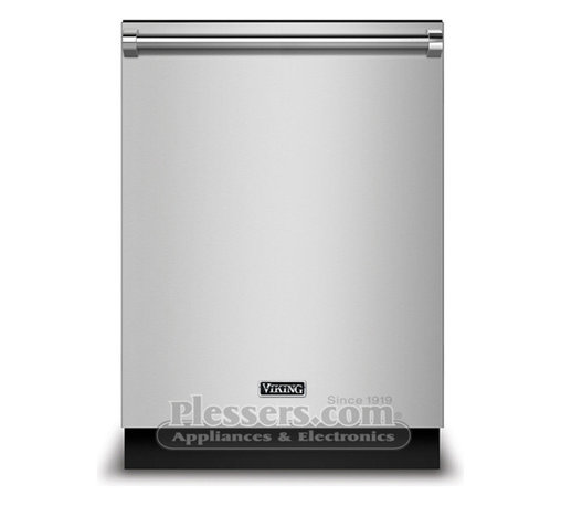 "Viking FDW100WS Dishwasher Replaces Viking D3 Dishwasher with Water Sofener - The Viking FDW100WS is the new rebranded replacement of the Viking D3 FDW100WS model.  The new model will feature the new ""Viking"" nameplate shown in this image.  We will update the information on this product once it becomes available.  If you have any questions please let us know."