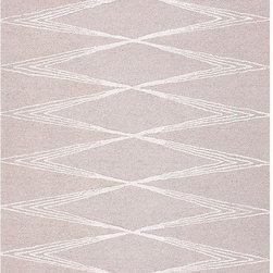 "Jaipur - Jaipur Rug-Amplify-Classic Gray - Design: AmplifyColor: Classic Gray/Classic GrayConstruction: Hand TuftedStyle: ContemporaryFiber: Wool & Art SilkPile: 1/2""Origin: India SizesXS- 2x3 S- 3.6x5.6 M- 5x8L-  8x11"