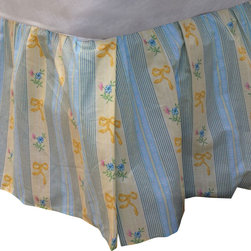 Dan River - Yellow Ribbons Flowers Twin Bedskirt Floral Bed Accessory - FEATURES: