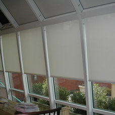 Traditional Roller Shades by Unique Home Decor Inc.