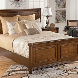 Daleena Queen Panel Bed, Ashley -