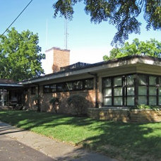 Mid-Century Modern For Sale in Old Town Florissant - B.E.L.T. - St. Louis
