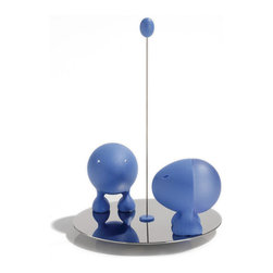 E.T Salt and Pepper Shakers, Blue - The E.T Salt and Pepper Set shakes ups the landscape of your table with a pair of gravity-defying daredevils. The kitsch-perfect kitchen accessory is made of colorful, durable thermoplastic resin and includes a stainless steel base. Each cartoonish shaker is magnetized and can be placed anywhere on the rod.