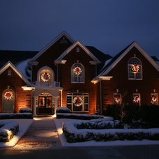 Traditional Holiday Lighting by Holidynamics