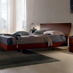 Onda Low Platform Bed by Europeo