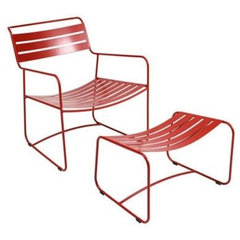 patio furniture and outdoor furniture Fermob Surprising Lounger and Footrest