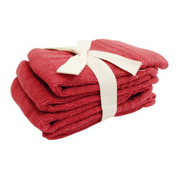 SHOO-FOO - Bundle of 4 Bamboo Washcloths - 600 gsm, Cayenne Red, 4 Sets - Washing off makeup after a long day's work is only complete when you've got a bamboo face towel to gently pat off your clean pores and fresh glowing skin! This towel is great as a cosmetic towel or washcloth or simply for what it is appropriately named