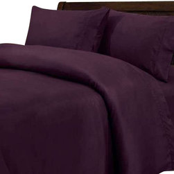 SCALA - 600TC 100% Egyptian Cotton Solid Purple Full XL Size Fitted Sheet - Redefine your everyday elegance with these luxuriously super Fitted Sheet. This is 100% Egyptian Cotton Superior quality Sheet Set that are truly worthy of a classy and elegant look.