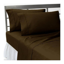 SCALA - 400TC Solid Chocolate Queen Flat Sheet & 2 Pillowcases - Redefine your everyday elegance with these luxuriously super soft Flat Sheet . This is 100% Egyptian Cotton Superior quality Flat Sheet that are truly worthy of a classy and elegant look.