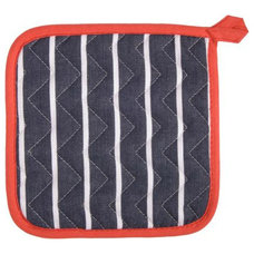 Traditional Oven Mitts And Pot Holders by Sur La Table