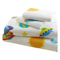Wildkin - Olive Kids' Out of This World Sheet Set - Blast off with these fun sheets! Our Out of this World sheets are a universe full of stars, planets, moons, rocket ships and ufo's. Printed on super soft 100% cotton percale, 210 thread count.