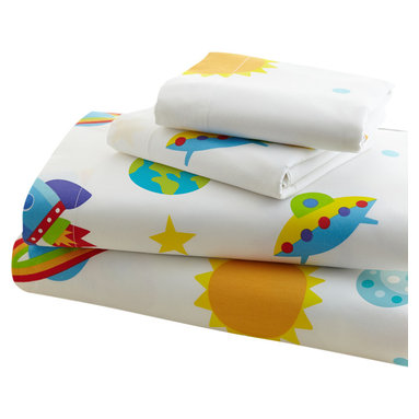 Wildkin - Olive Kids Out of this World Twin Sheet Set - Blast off with these fun sheets! Our Out of this World sheets are a universe full of stars, planets, moons, rocket ships and ufo's. Printed on super soft 100% cotton percale, 210 thread count.