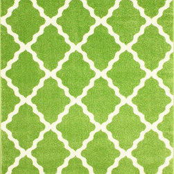 Nuloom - nuLOOM Modern Moroccan Trellis Green Rug (4' x 6') - This area rug rug is crafted with easy-to-clean polypropylene yarns that prevents shedding,unlike wool. The rug features a variety of modern shades that will enhance your decorative scheme.