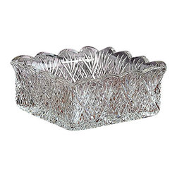 Godinger Silver - Dublin Napkin Holder - A great choice for brunchesor buffet dinners, this Dublin napkin holder keeps napkins handy andorganized in an elegant fashion. With its high sides, the piece offersgenerous capacity, and its squared shape showcases the top-to-bottompatterning. A scalloped rim completes the design. Measuring 7-1/2inches square, the holder stands 4-1/2 inches high and should be washed by hand for best care.