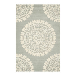 Safavieh - Beaufort Hand Tufted Rug, Grey / Ivory 6' X 9' - Construction Method: Hand Tufted. Country of Origin: India. Care Instructions: Vacuum Regularly To Prevent Dust And Crumbs From Settling Into The Roots Of The Fibers. Avoid Direct And Continuous Exposure To Sunlight. Use Rug Protectors Under The Legs Of Heavy Furniture To Avoid Flattening Piles. Do Not Pull Loose Ends; Clip Them With Scissors To Remove. Turn Carpet Occasionally To Equalize Wear. Remove Spills Immediately. Spanning design influences from ancient tribal patterns and Renaissance damasks to contemporary pop art motifs, the Bella Collection celebrates weaving traditions around the world. Bella rugs are hand-tufted in China of pure wool for enduring beauty.