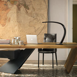 Nasdaq Table - Desk with drawers in Canaletto walnut (NC) or Heritage oak (HR). Leg in graphite (GFM69) embossed lacquered steel.