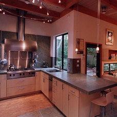 Contemporary Kitchen by suba | Suanne Bassett, Architect
