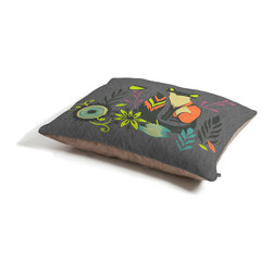 Sarah Watts Sly Fox Dog Bed - Perfect for dogs, cats,heck, even a pig! With our cozy pet bed made of a fleece top and waterproof duck bottom, you're bound to have one happy animal catching some zzzz's in ultimate comfort.