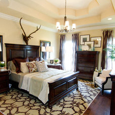 Traditional Bedroom by Leslie Lewis & Associates
