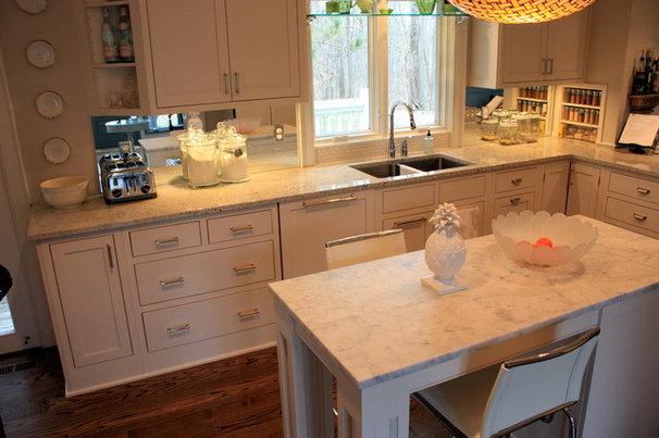 Contemporary Kitchen Countertops by The Stone Studio