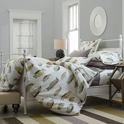 Chilling Out Flannel Sheets & Bedding Set - In our home, penguins are acceptable decor anywhere. For the more timid, just think how happy this duvet will make your guests when you make their bed with these sheets.