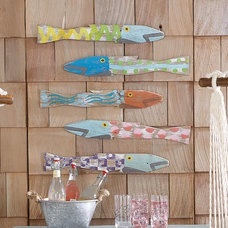 Tropical Outdoor Decor Picket Fence Fish