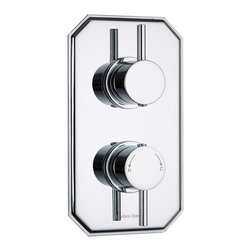 Hudson Reed - Quest Concealed Twin Shower Valve Traditional Plate & Round Handles in Chrome - Create a neat finish to your bathroom or shower room with this twin thermostatic shower valve from Hudson Reed. Featuring a traditional trim plate with a chrome finish to blend in with any decor, this shower valve supplies water at a pre-set temperature to either a fixed shower head, shower handset or tub filler. Made in Great Britain from brass, this high quality thermostatic shower valve incorporates ceramic disc technology and an anti-scald device for a safer showering experience.