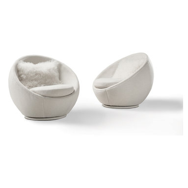 The Good Egg Swivel Chair by Milo Baughman from Thayer Coggin -