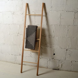 Dressing Ladder