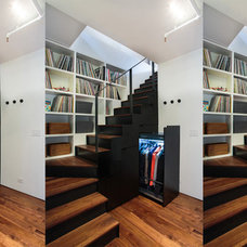Contemporary Staircase by Raad Studio