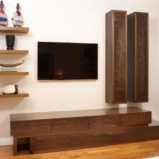 Contemporary  by Aguirre Design