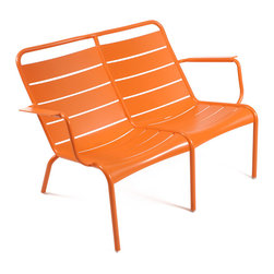 4105 Low Armchair Duo by Fermob - Need a comfy spot outdoors to sit with your sweetie? Choose a colorful and modern bench that's covered in a protective finish that will stand up to the elements.