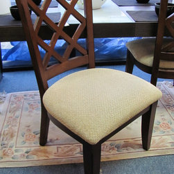 Showroom Decor - Nice looking pair of dining chairs, in great condition.