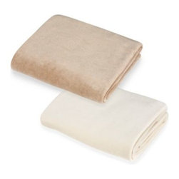 Tl Care - Natural 100% Organic Cotton Porta-Crib Sheet - This soft velour porta-crib sheet is made with nature's purest fiber, in natural colors that are free from bleach and dyes. All-around elastic edges make for a secure and snug fit.