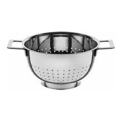 Alessi - Alessi | Pots&Pans Colander - Design by Jasper Morrison, 2006.