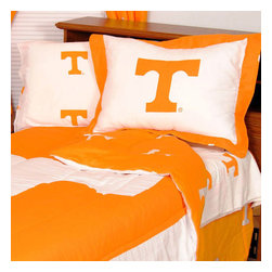College Covers - NCAA Tennessee Volunteers King Bed Set Cotton Bedding - Features: