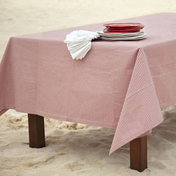Gingham Check Outdoor Tablecloth - What if a thunderstorm strikes right in the middle of dinner? A weather-resistant tablecloth is not only more durable, but also easy to clean and dry.