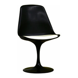 Redd Black Chair with White PVC Cushion - This Redd black chair is a typical modern piece that would compliment any modern or contemporary outdoor setting. It's a great way to add a different look to a space. Two of these could work well with a modern bistro table.