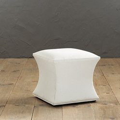 Courbe Ottoman without Nailheads