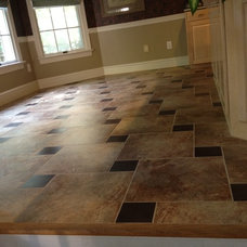 Traditional Kitchen by Laying It Down Inc.