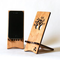 iPhone Stand - A simple stand for your iPhone, or other smart phone.
