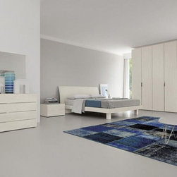 Made in Italy Wood Designer Bedroom Furniture Sets with Extra Storage - Stylish white color Italian bedroom set. This stylish Italian bedroom set consists of a bed, a dresser and 2 nightstands in white ash wood finish.