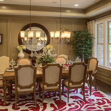 Traditional Dining Room by Ashton Woods