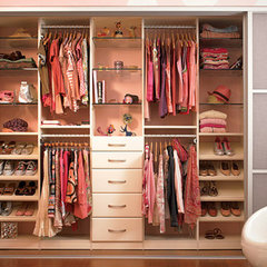 modern closet by California Closets Fort Lauderdale