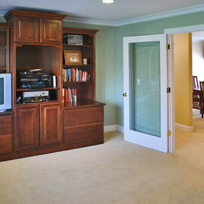 Traditional  by Amarant Design and Build Center