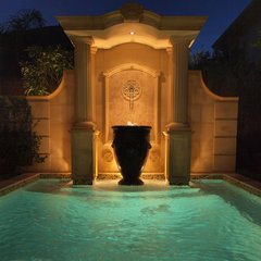 traditional pool by L3 Designs