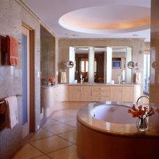 Contemporary Bathroom by RYAN ASSOCIATES GENERAL CONTRACTORS