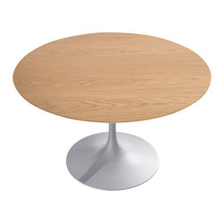 Knoll - Round Saarinen Dining Table, Light Oak - Simplicity and symmetry are the focal points of this iconic dining table. If you love midcentury design, this modern table is a must-have. Designed by the matchless Eero Saarinen, this stunning table embodies infinite possibilities.