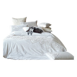 Melange Home - Embrodiery Duvet Cover Set - Full/Queen - Embellished Duvet Cover Set: Full/Queen